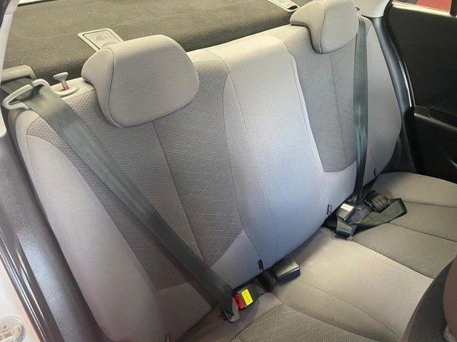 Hyundai HB20S 1.0 UNIQUE - Foto 10