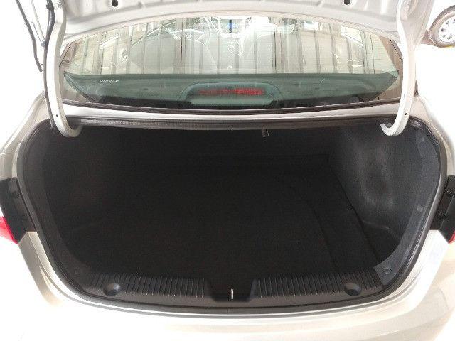 Hyundai HB20S Sedan Comfort Plus 1.0 Flex 2014 - Apenas 87.633 Km / Ipva Pago - Foto 14