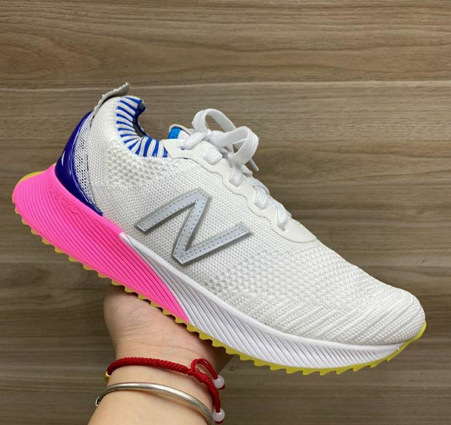 Tênis New Balance Fuelcell - Foto 2