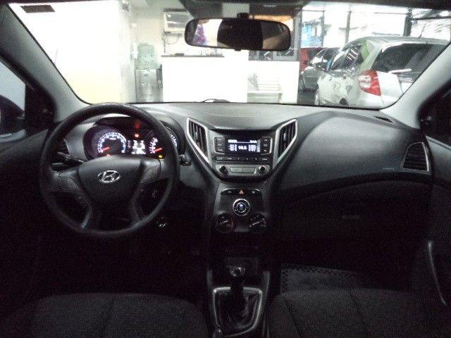 Hyundai HB20 Confort Plus 1.6 16v Flex Mec Completo 2014 Branco - Foto 6