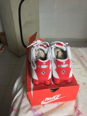 Tênis Nike Shox nz  novo na caixa  - Foto 4