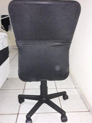 Cadeira giratória  para escritório - Foto 5