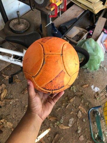 Bola da pênalti pra futsal  - Foto 3
