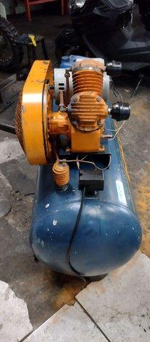 Compressor SCHULZ 200 litros - Foto 3