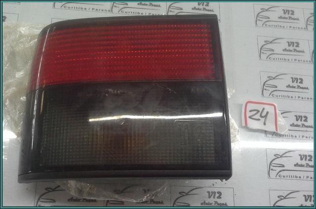 Lanterna traseira esquerda Renault 19 hatch