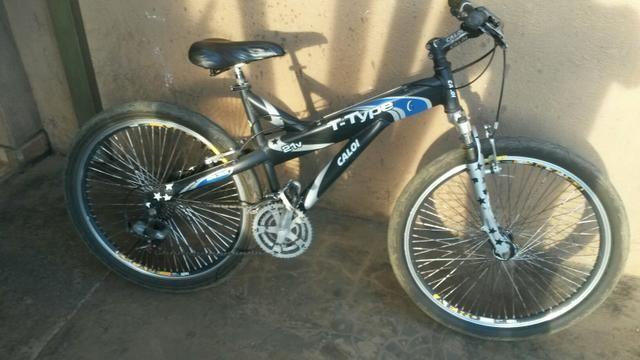 Bicicleta caloi T - Type aro 26