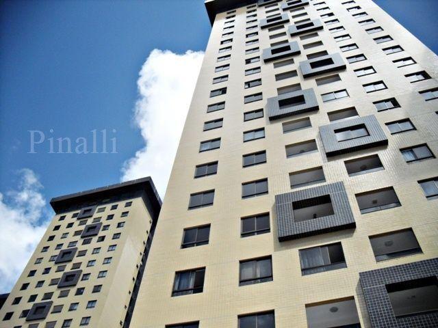 Apartamento com dois quartos mobiliado no Porto do alto