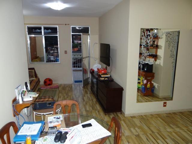 Casa com 2 moradias, 4 vagas e 1 salão de festas no Bairro Castrioto - Foto 6