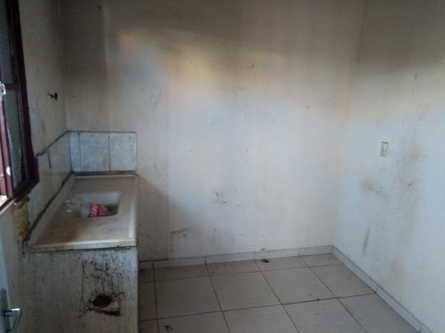Qno 16 esquina - casa de 03 qts + casa de fundos - Foto 12