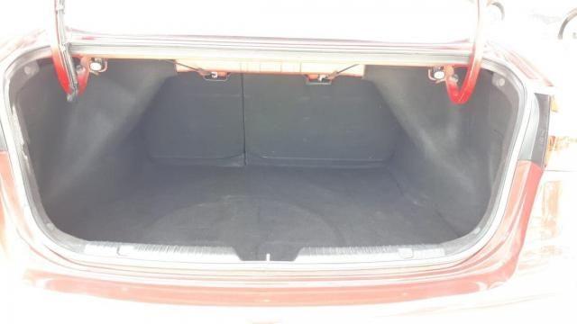 Kia Cerato SX 1.6 Automático 13/14 - Troco e Financio! - Foto 17