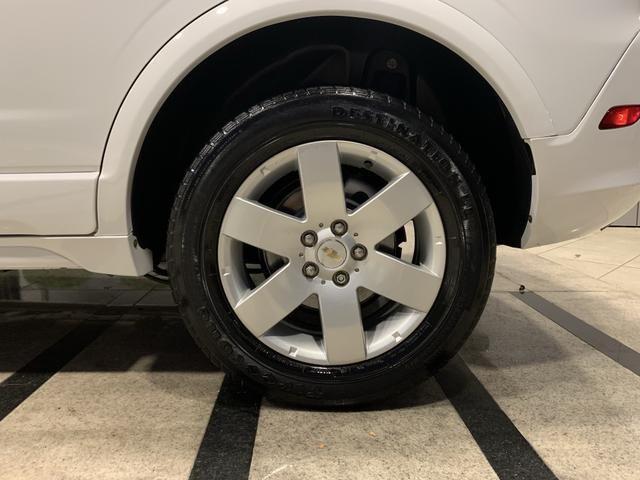 Chevrolet Captiva 2.4 baixa Km placa A - Foto 7