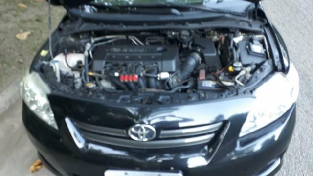 Toyota Corolla XEI-1.8 Flex com GNV 5aGeração com central Multimídia.Muito novo! - Foto 4