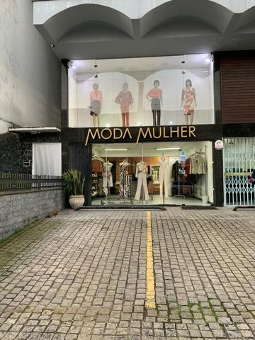 Vendo linda loja de roupas feminina no centro - Foto 2