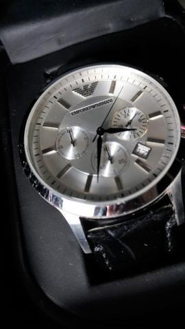 49a205597a8 Relógio Emporio Armani original novo - Bijouterias