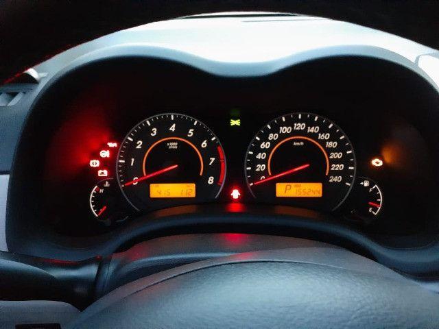 Toyota Corolla GLI 1.8 Flex Automático 2013 - Foto 6