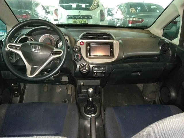 Vendo ou troco Honda fit 2014  - Foto 4