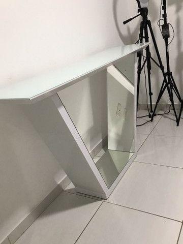 Aparador tampo de vidro espelho por dentro 1.35x80 - Foto 3
