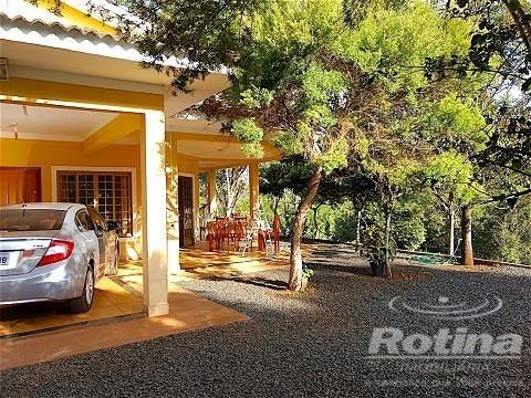 Casa à venda, 3 quartos, 3 suítes, 2 vagas, Shopping Park - Uberlândia/MG
