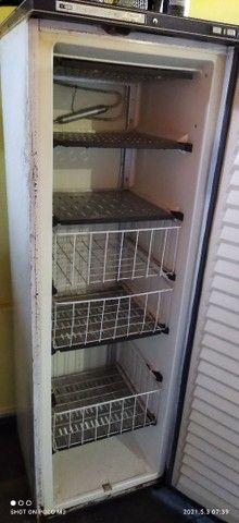 Freezer vertical Prosdócimo 260 super luxo com detalhes na estética - Foto 4