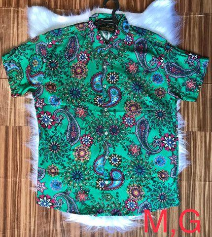 Camisas floridas em viscose - Foto 4