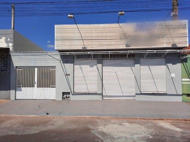 Salão comercial à venda em Araçatuba!!