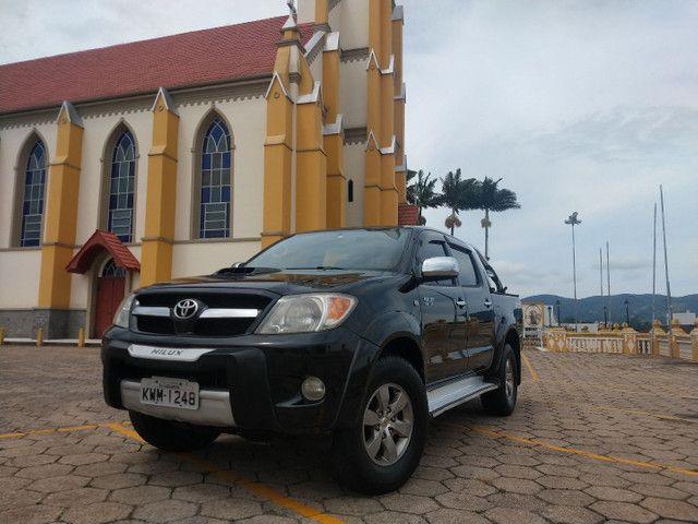Toyota Hilux 4x4 Diesel automática SRV