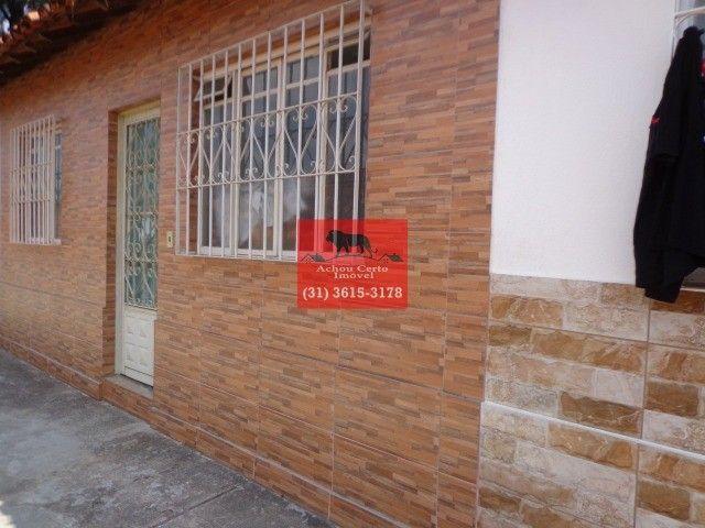 Casa germinada com 2 quartos á venda no bairro Letícia em BH - Foto 2