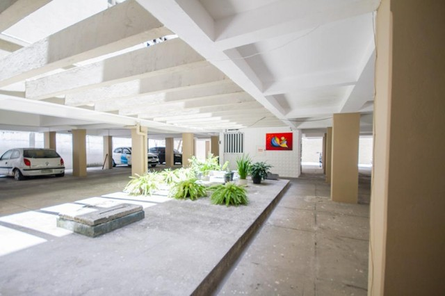 Apartamento com 2 quartos para alugar, 90 m² por R$ 1.800/mês com taxas - Boa Viagem - Rec - Foto 17
