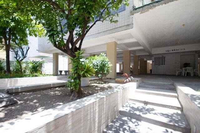 Apartamento com 2 quartos para alugar, 90 m² por R$ 1.800/mês com taxas - Boa Viagem - Rec - Foto 14
