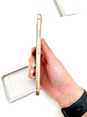 IPHONE 8 ROSE 64GB SEMI NOVO  - Foto 4