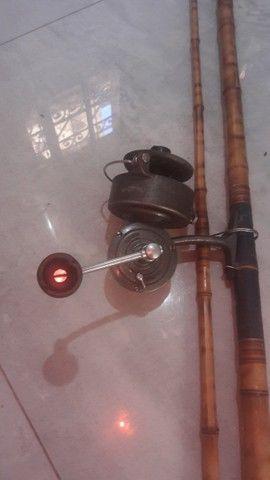 Conjunto Molinete para pesca Paoli e vara de bambu de 2,5mts - Foto 2