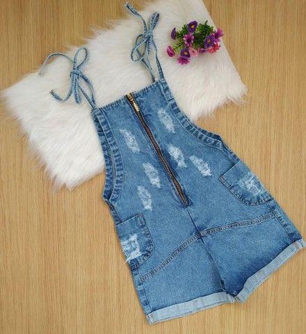 Macacão jeans juvenil