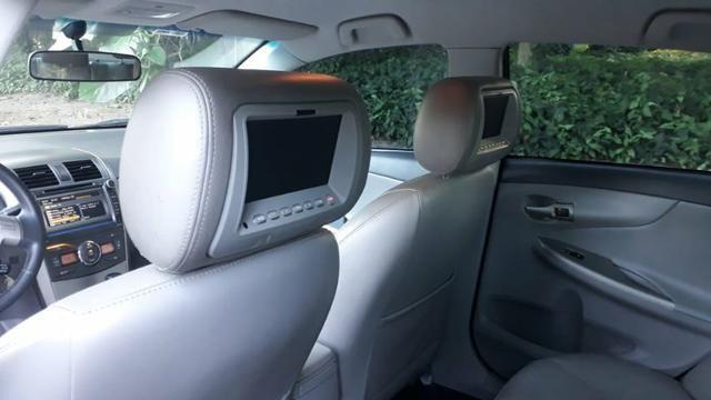 Toyota Corolla XEI-1.8 Flex com GNV 5aGeração com central Multimídia.Muito novo! - Foto 12