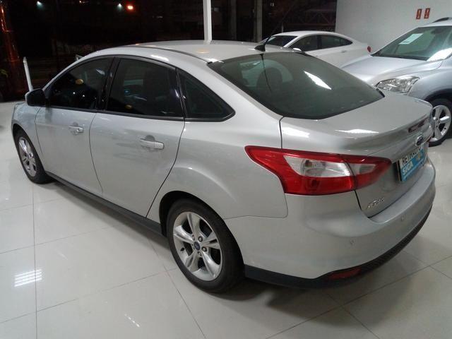 Procurar Anderson - Focus sedan 2.0 aut 14/15 prata completo só/53.483km - novo - - Foto 3