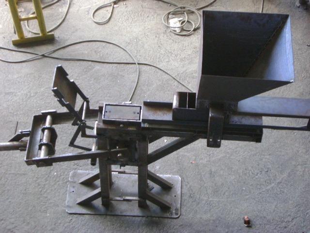 Prensa Manual de Paver 20x10cm