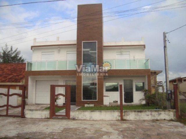 Casa para alugar com 5 dormitórios em Centro, Tramandai cod:3383