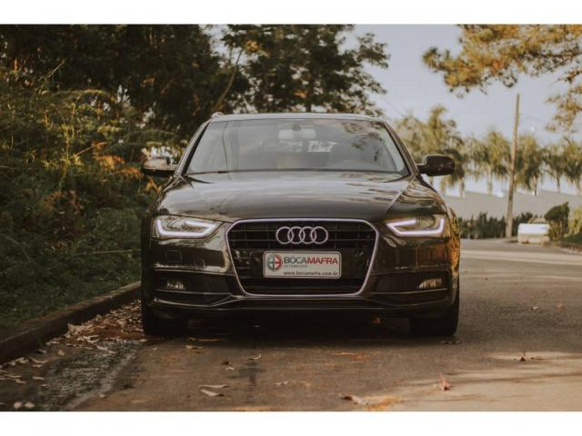 Audi A4 Avant AMBIENTE 1.8  - Foto 2