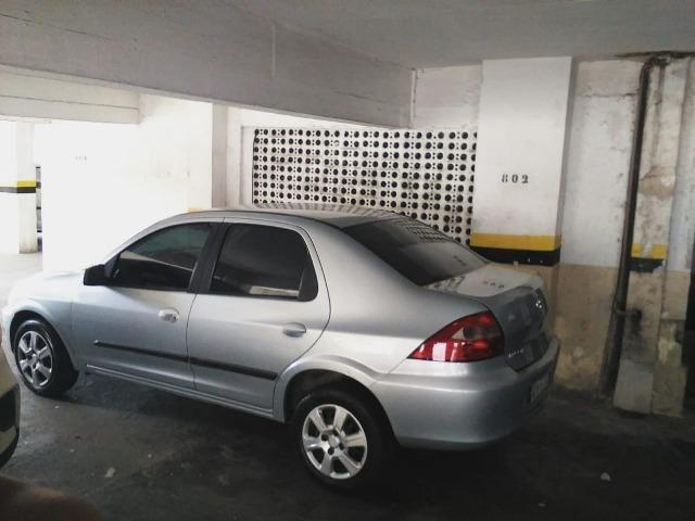 Prisma 2011 completo, carro de garagem, em perfeito estado