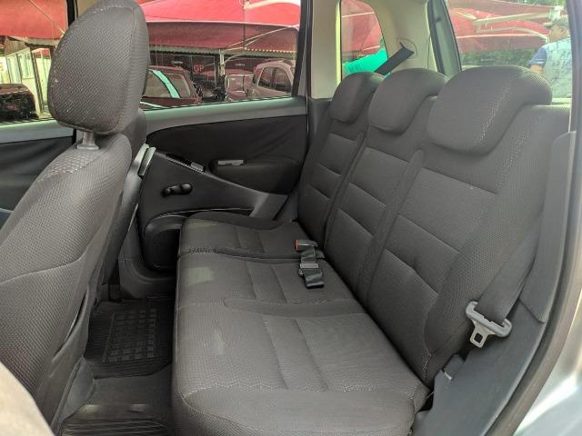 Idea 1.4 ELX 8V Flex - 2006 - Foto 8