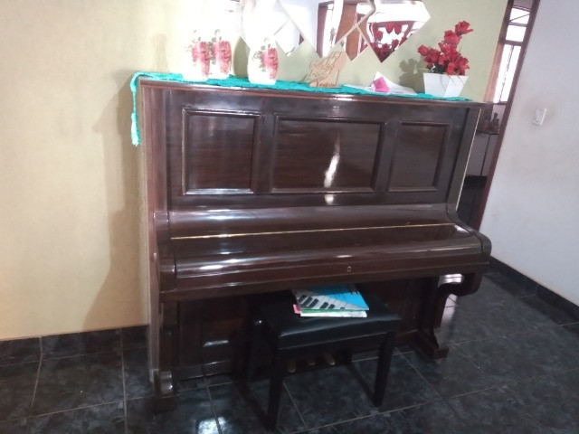 Piano acústico - Foto 2