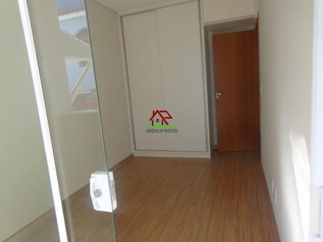 Linda casa geminada de 03 quartos no Itapoã! - Foto 15