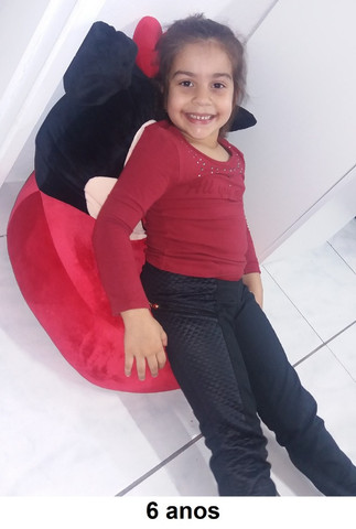 Poltrona Infantil Mini Sofá Puff Cavalo Stitch e Angel - Foto 4