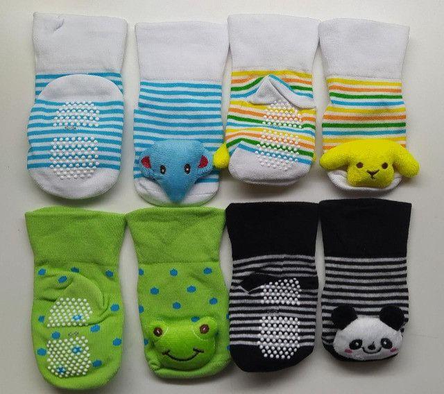 Kit Meia Infantil Pantufa Bebê Com Antiderrapante (4 Pares) - Foto 2
