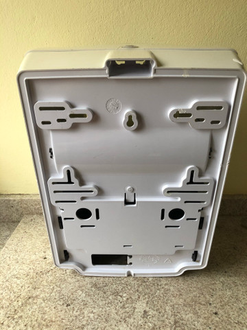Dispenser Papel Toalha Bobina Auto Corte/toalheiro - Foto 3