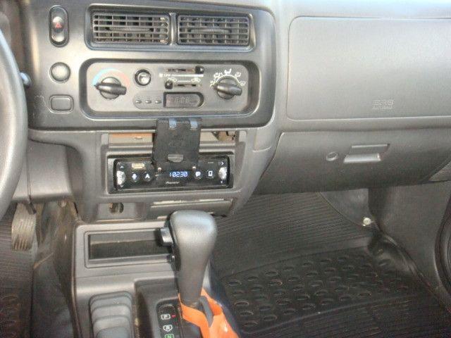 L-200 2.5 Sport HPE 4x4 Cabine Dupla Turbo Automatica - 2006 - Diesel - Prata - Foto 11