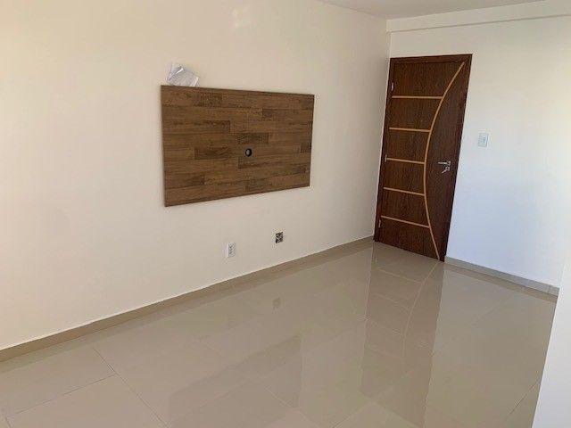 Aluguel de Apartamento em Condomínio Fechado