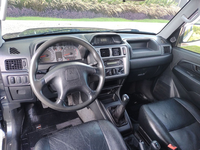 Mitsubishi Pajero TR4 4x4 manual, ano 2008 - Foto 12