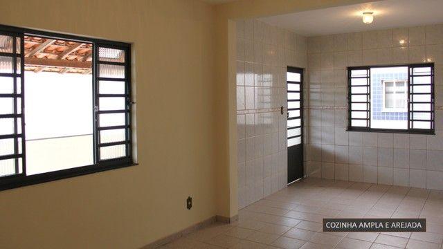 Ampla casa no bairro São Pedro em Barbacena - Foto 11