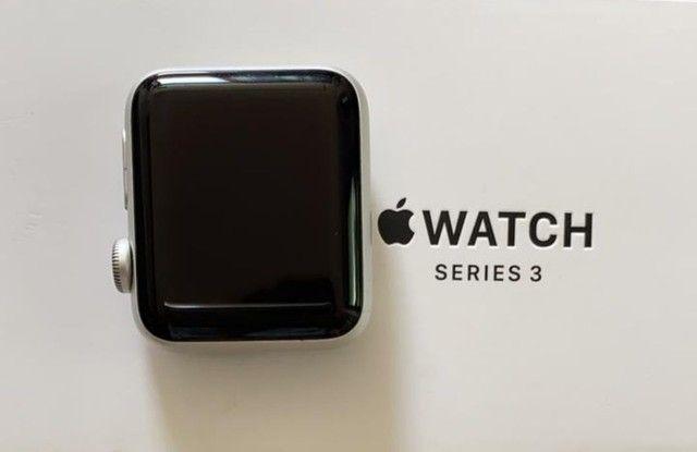 Apple watch series 3(GPS)-38mm,caixa prateada de alumínio com pulseira esportiva branca - Foto 2