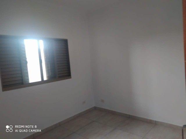 Casa - 01 suíte e 02 quartos e edícula ampla.prox  a escola militar - Foto 12